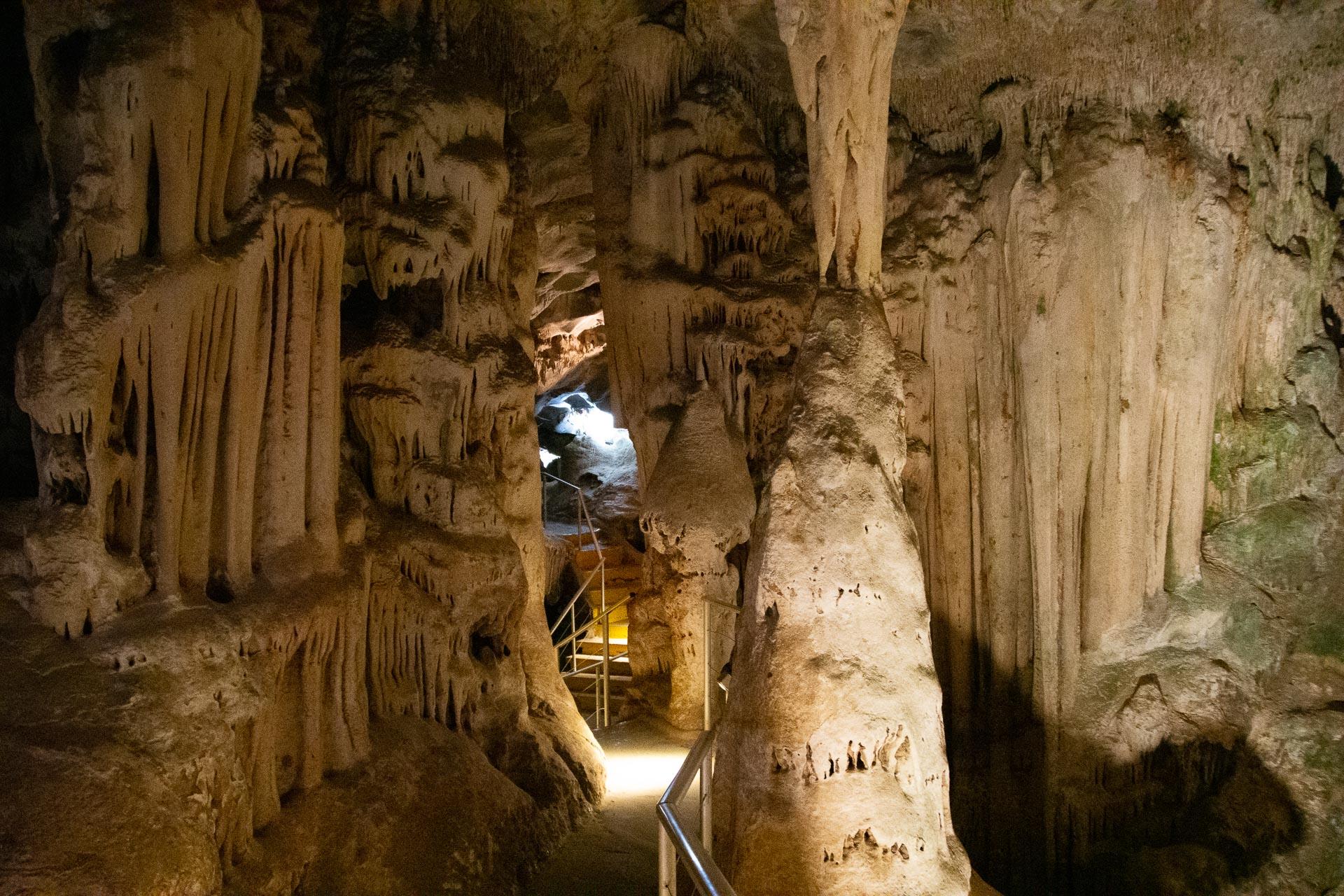Cango-Caves-Oudtshoorn-Suedafrika-Globetrotter-Select-16