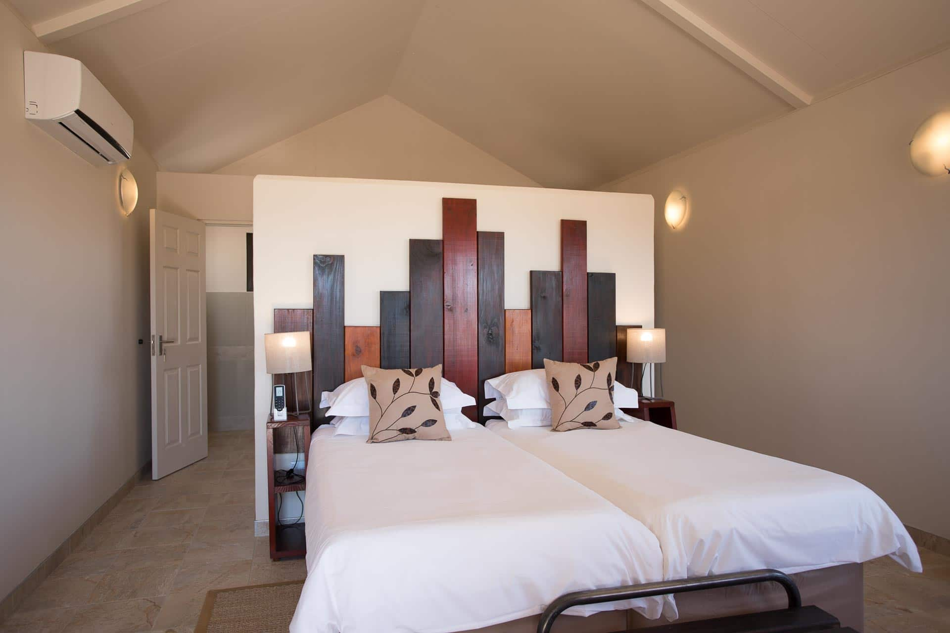 Desert-Camp-Namibia-43