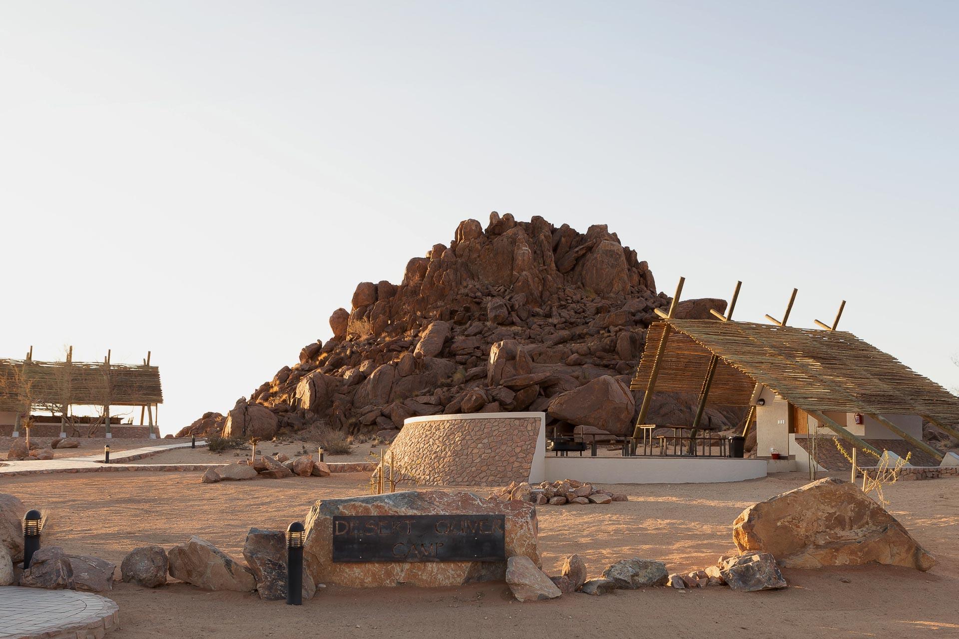 Desert-Quiver-Camp-Namibia-1