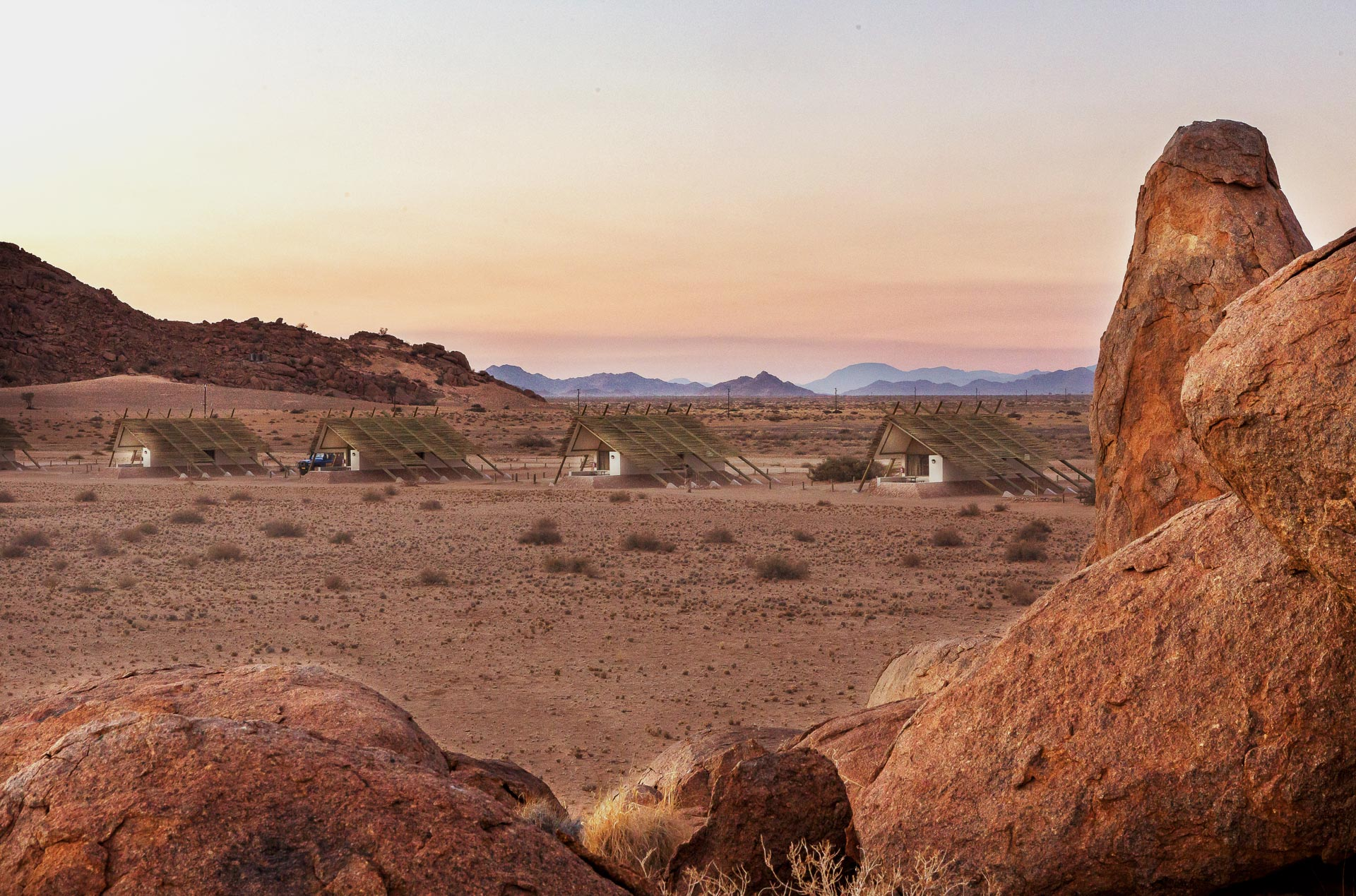 Desert-Quiver-Camp-Namibia-8