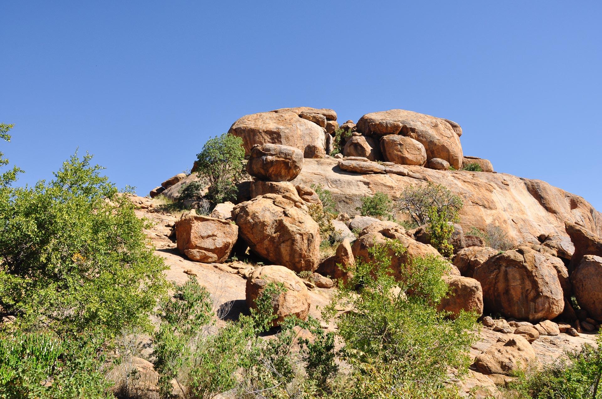 Erongo-Gebirge-Namibia-Globetrotter-Select-1