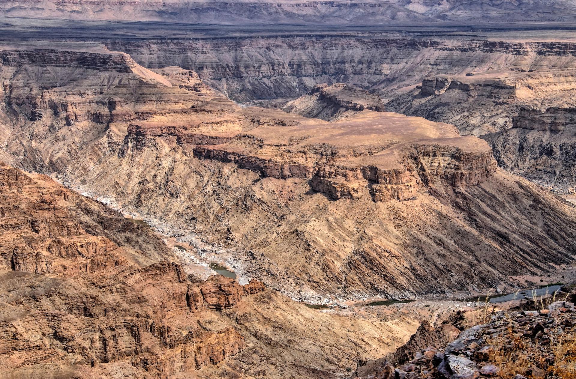 Fish-river-canyon-pixabay-namibia-4820680_1920