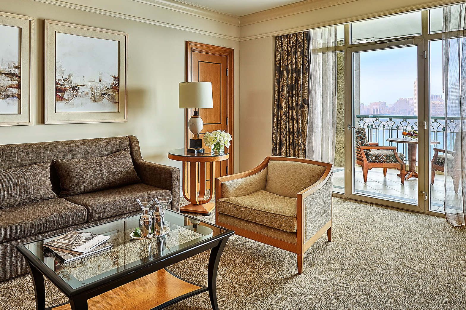 Four-Seasons-Hotel-Cairo-at-Nile-Plaza-11