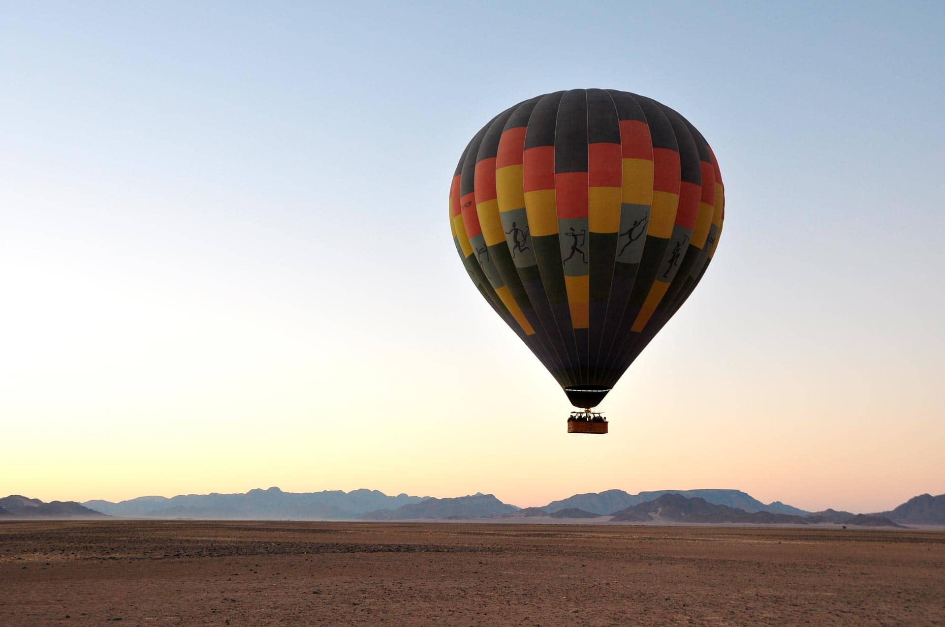 Namib-Ballonfahrt-Wueste-Namibia-Globetrotter-Select-9