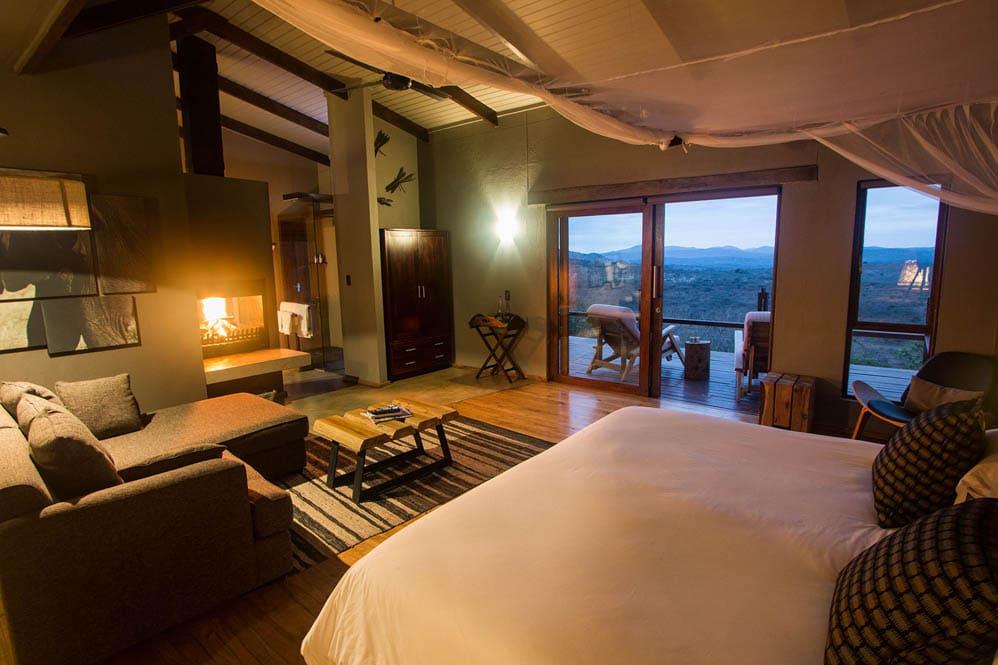 Rhino-Ridge-Safari-Lodge-10-von-16