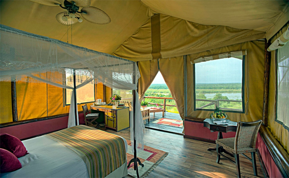 Safari-Deluxe-Tent-Paraa-Safari-Lodge2