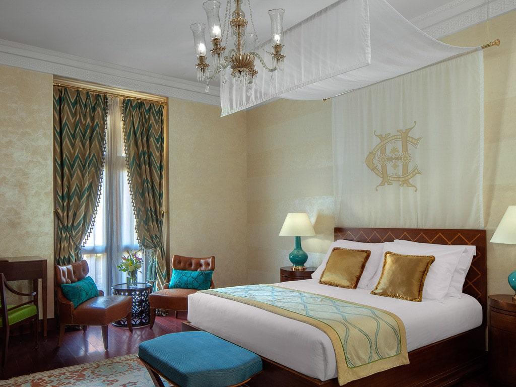 https://www.accorhotels.com/1666