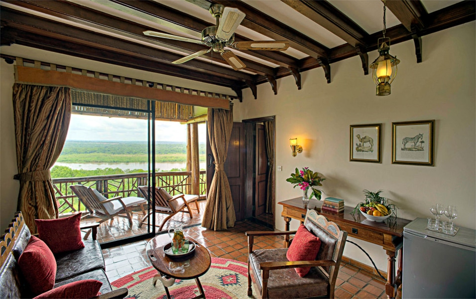 Suite-Paraa-Safari-Lodge4