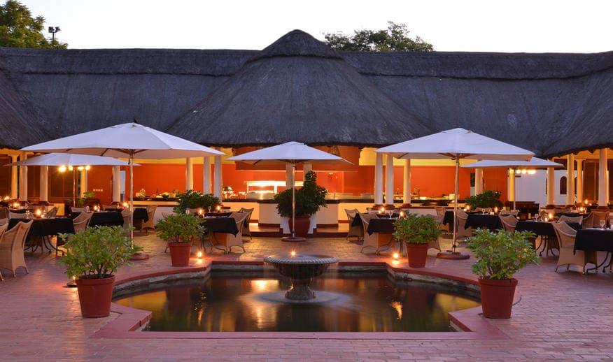 Victoria-Falls-Hotel-10-von-14