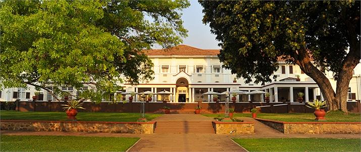 Victoria-Falls-Hotel-3-von-7-1