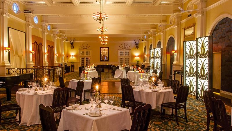 Victoria-Falls-Hotel-5-von-7-1