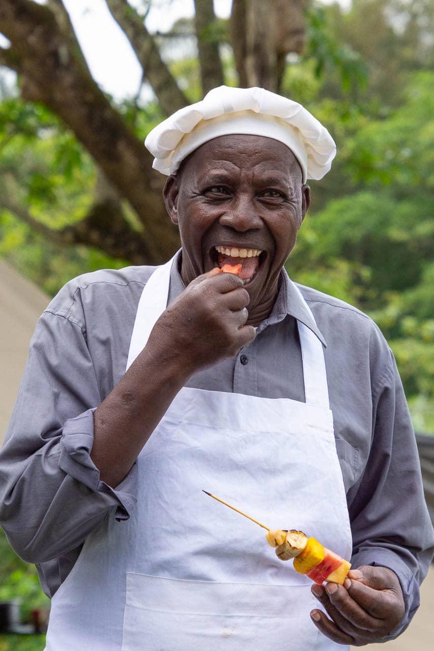Genussvolles Essen und Trinken bei der Select Zeltsafari in Tansania